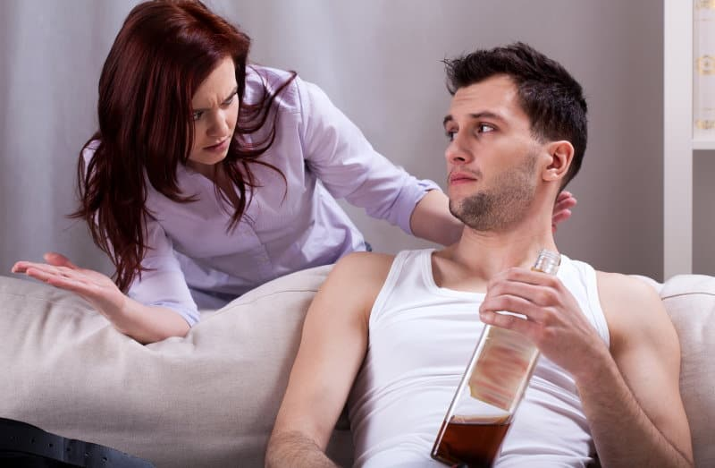 7 Ways in which Alcoholics and Narcissists Are Similar